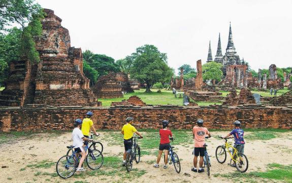 private tour guides in bangkok price